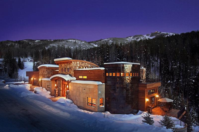 Over the Edge Chalet, Sleeps 16 - Image 1 - Steamboat Springs - rentals