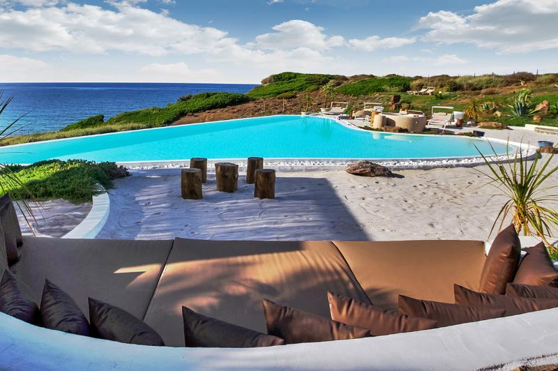 Villa Il Palmeto, Sleeps 10 - Image 1 - Castelsardo - rentals
