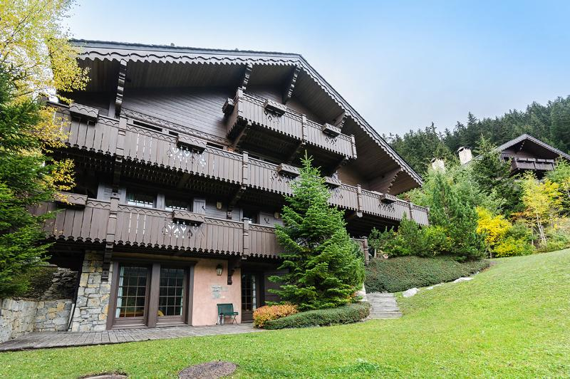 Chalet K, Sleeps 12 - Image 1 - Meribel - rentals