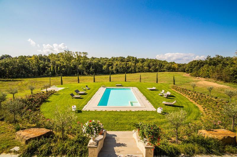 Villa Bacco, Sleeps 18 - Image 1 - Arezzo - rentals