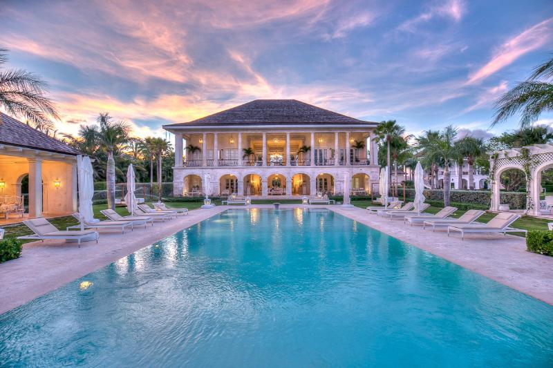 Villas Las Brisas, Sleeps 10 - Image 1 - Punta Cana - rentals