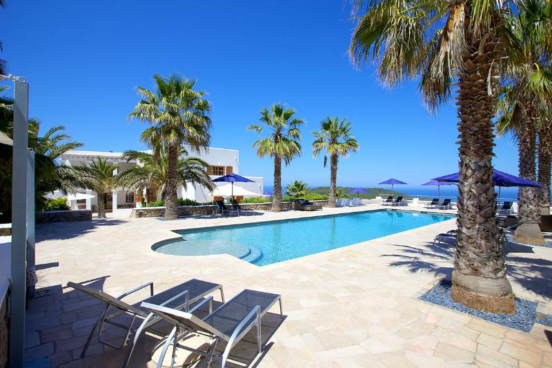 Villa Panorama, Sleeps 12 - Image 1 - Balearic Islands - rentals