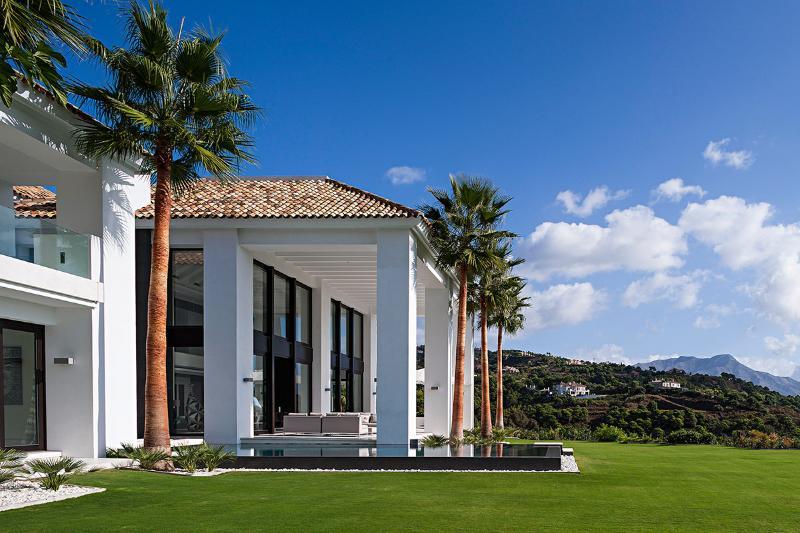 Villa Palo Alto, Sleeps 12 - Image 1 - Benahavis - rentals