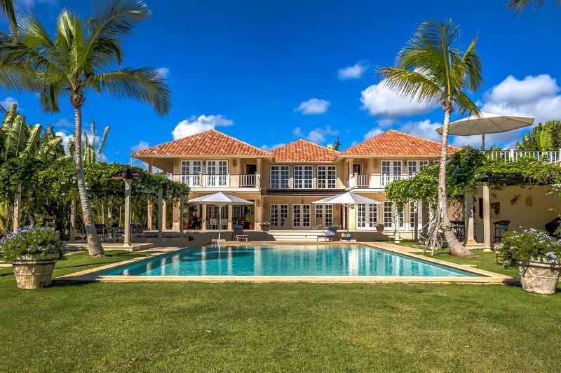 Villa Arrecife 25, Sleeps 12 - Image 1 - Punta Cana - rentals
