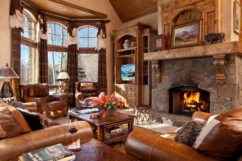 Shoshone Lodge, Sleeps 10 - Image 1 - Jackson Hole - rentals