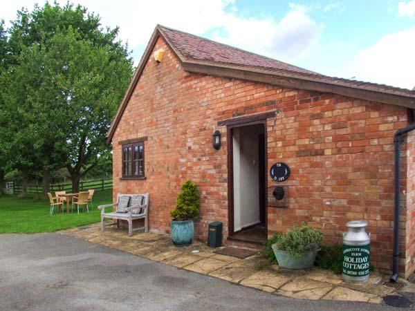THE DAIRY, all ground floor, off road parking, garden, in Ilmington, Ref 22262 - Image 1 - Ilmington - rentals