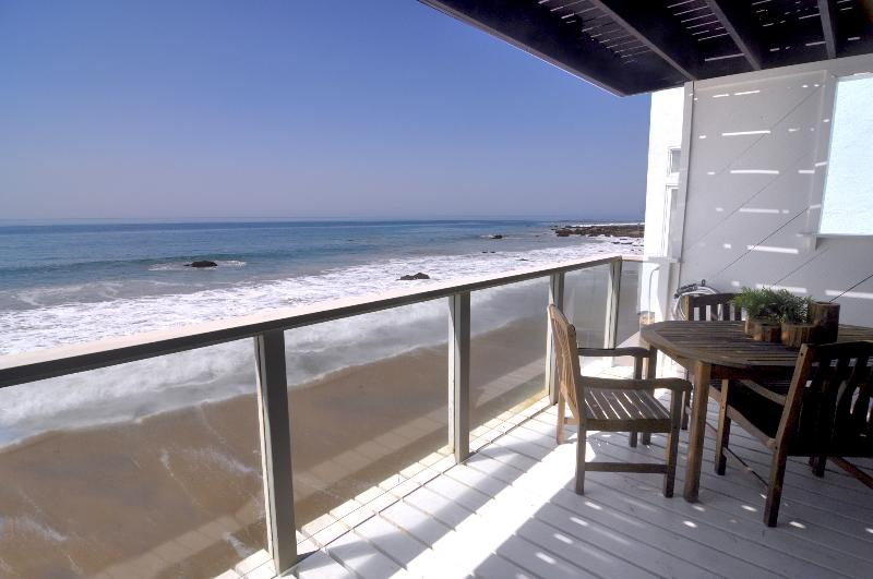 Morning view the Phenomenal,breathtaking ocean from lower deck, the beautiful experience of lifetime - Large 3+3 Malibu Oceanfront Home on Private Beach - Malibu - rentals