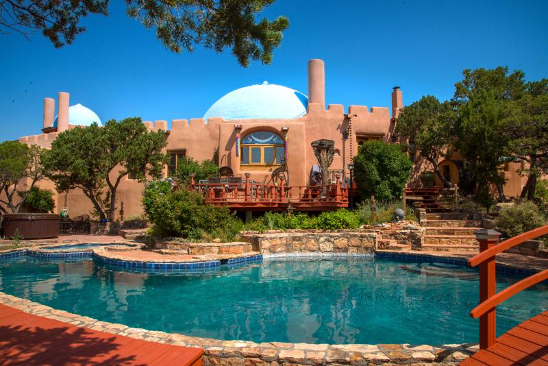 A beautiful day poolside - Rass Mandal - Residence on 10 Acres; Pool, Hot Tub - Santa Fe - rentals