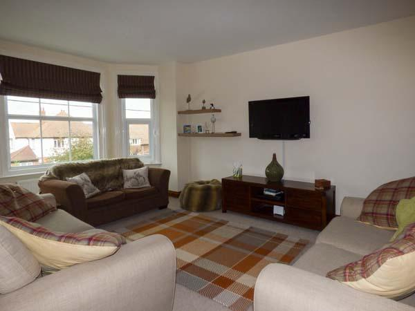 THE NORTHGATE LOFT, two-floor apartment, views, central location in Hunstanton, Ref 928039 - Image 1 - Hunstanton - rentals