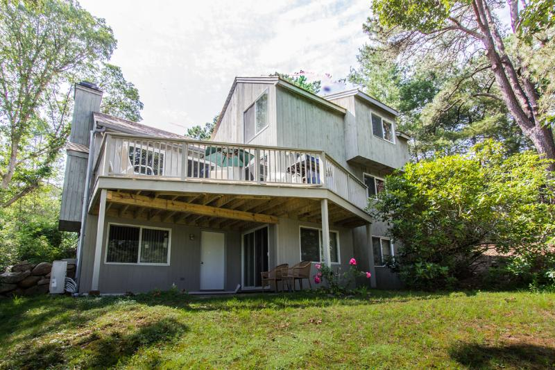 Back and Deck Side of House - DONOP - Hidden Cove, Centrally Located to Beaches and Towns, Association Tennis Courts, A/C, WiFi - Oak Bluffs - rentals