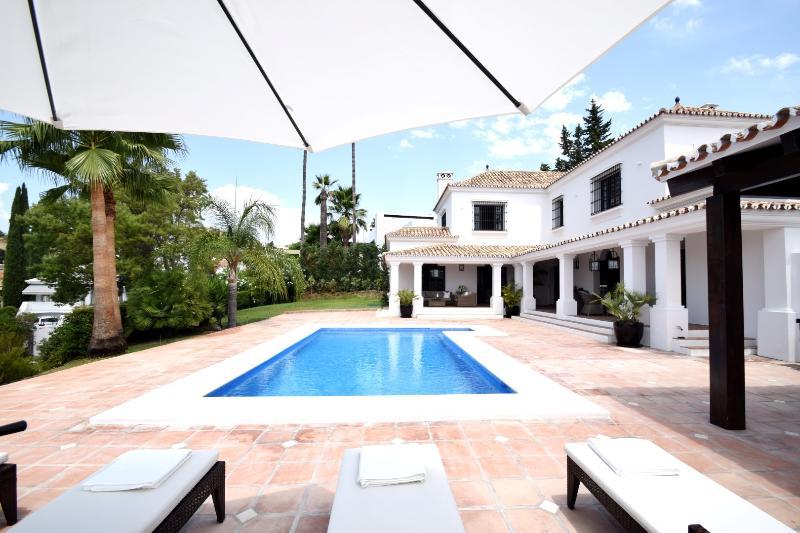 Villa Ahlba - Image 1 - Marbella - rentals