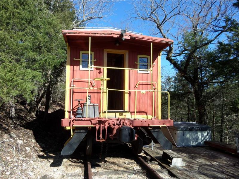 Caboose 103 - Old West, Hot Tub - Image 1 - Eureka Springs - rentals