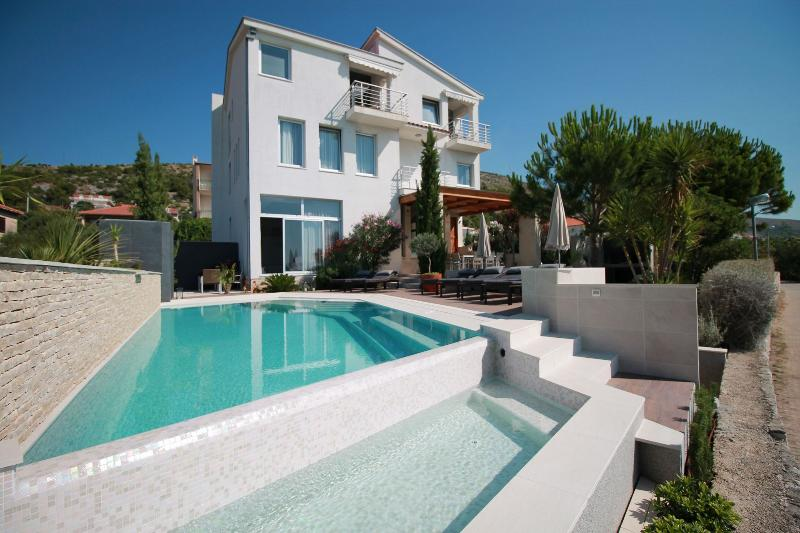 house - 5033 A4 Luxury Trogir (6) - Seget Donji - Seget Donji - rentals