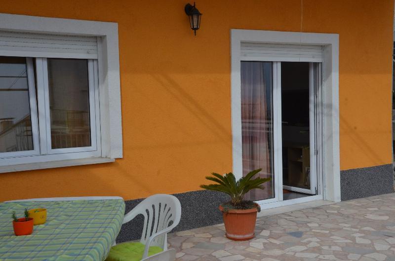 A1(6+1): garden terrace - 5370 A1(6+1) - Stobrec - Stobrec - rentals
