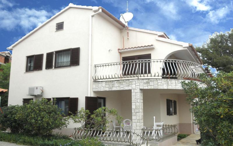 house - 5406  Mali (2+1) - Jezera - Jezera - rentals
