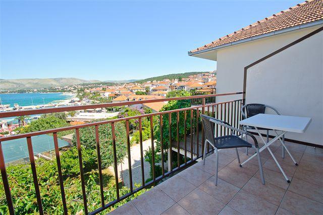 A4(2+1): terrace - Mara A4(2+1) - Okrug Gornji - Okrug Gornji - rentals