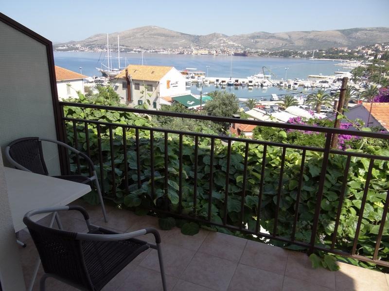 A2(4): terrace - 01112OKRG A2(4) - Okrug Gornji - Okrug Gornji - rentals