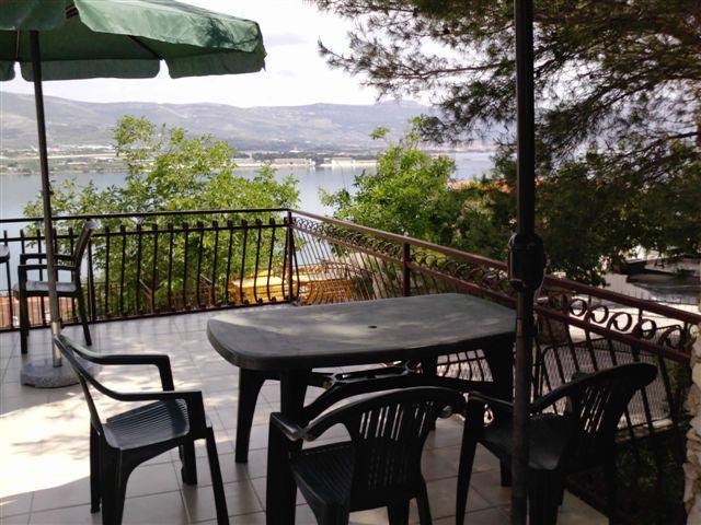 A6(2+1): terrace - 5669  A6(2+1) - Mastrinka - Mastrinka - rentals