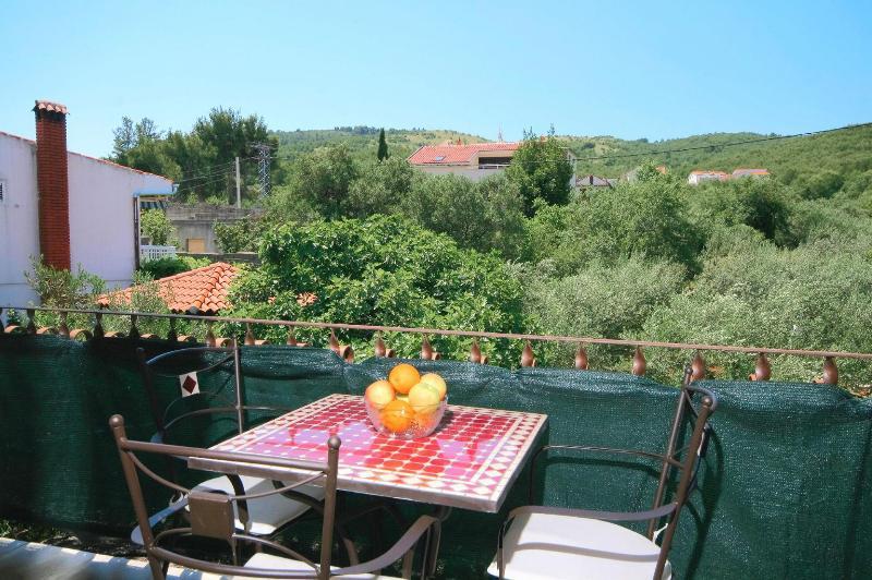 A3(4+1): terrace - 5683  A3(4+1) - Arbanija - Arbanija - rentals