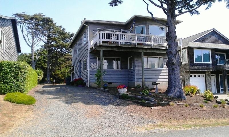 Anderson Trail House - Image 1 - Cannon Beach - rentals
