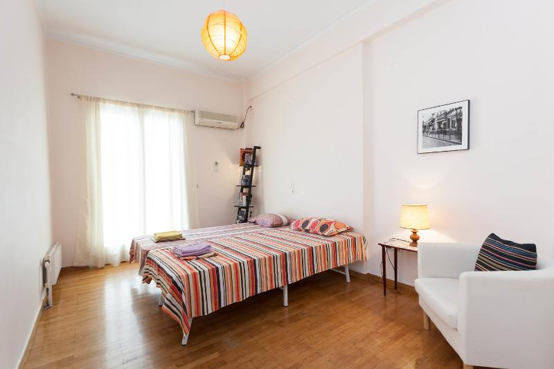 The Twin Bedroom - Athens 5 persons apt./City Center - Athens - rentals