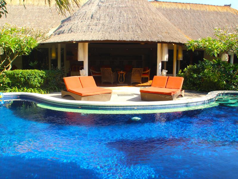 "Large sun lounges around the swimming pool. - Bali Akasa Villa ""Absolute Bliss"" 4-7 Bedrooms WOW - Seminyak - rentals"