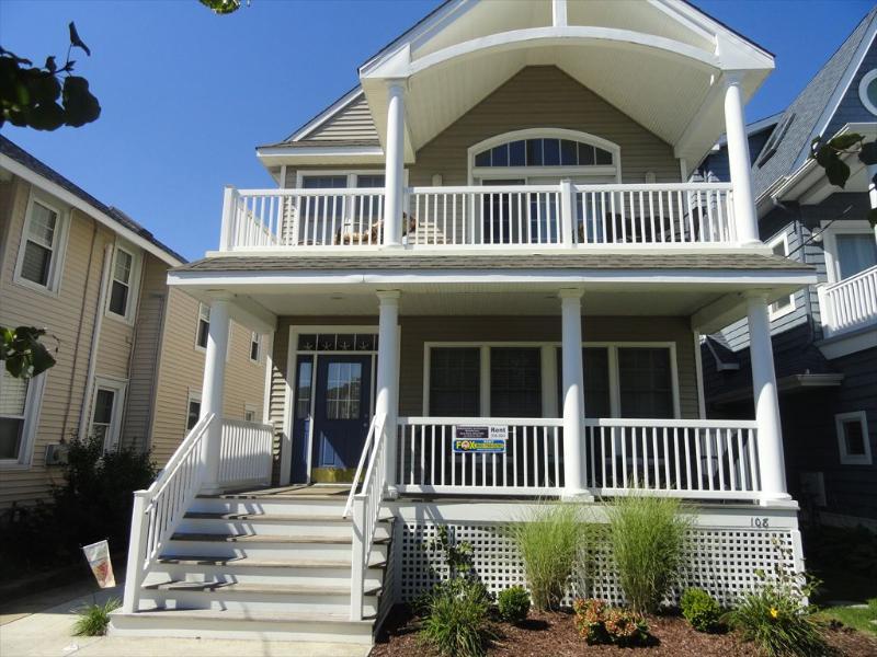106 Ocean Avenue 1st Floor 113161 - Image 1 - Ocean City - rentals