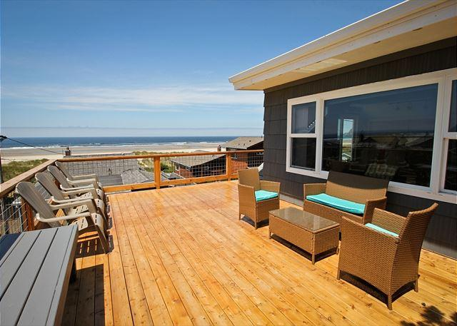 HALLIE~ MCA# 314~Across the street from the beach, Spectacular ocean views - Image 1 - Manzanita - rentals
