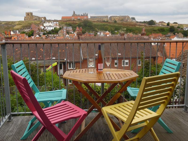 first floor balcony - Balcony cottage, Whitby - Whitby - rentals
