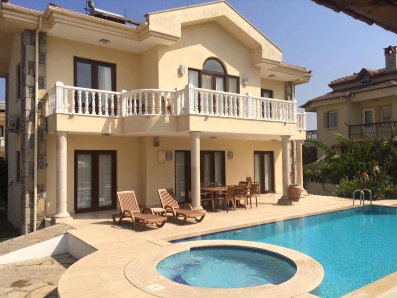 Villa Yasemin. Four bedroomed private villa. - Villa Yasemin. Dalyan, Turkey. Private villa - Dalyan - rentals