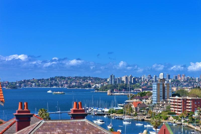 View from apartment - Convenient Harbour side Kirribilli  stunning views - Kirribilli - rentals