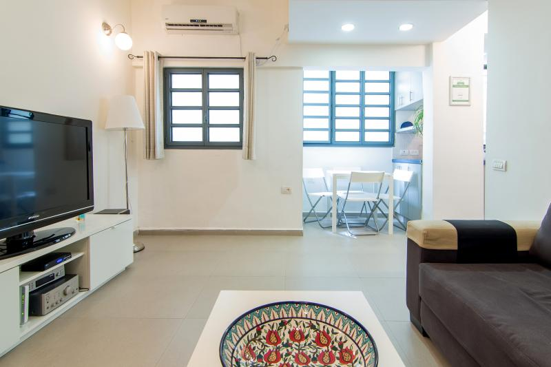 living room - Fabulous Apartment in Arnon - Tel Aviv - rentals