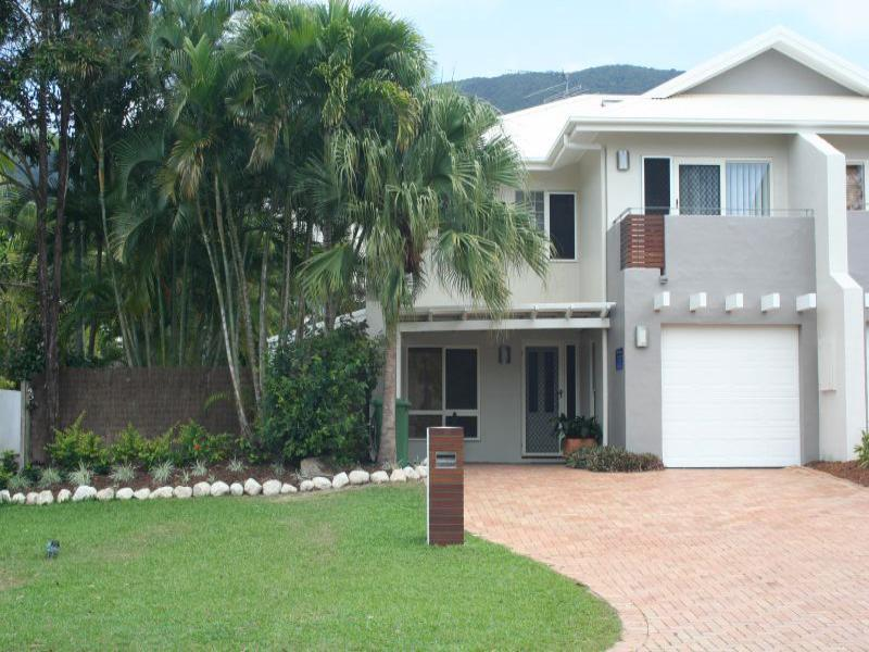 VILLA TOJACA* PALM COVE - Image 1 - Palm Cove - rentals