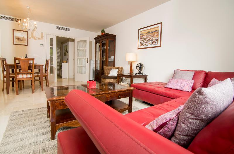 Luxury 2 Bed Apt in Las Canas Beach Marbella - Image 1 - Marbella - rentals