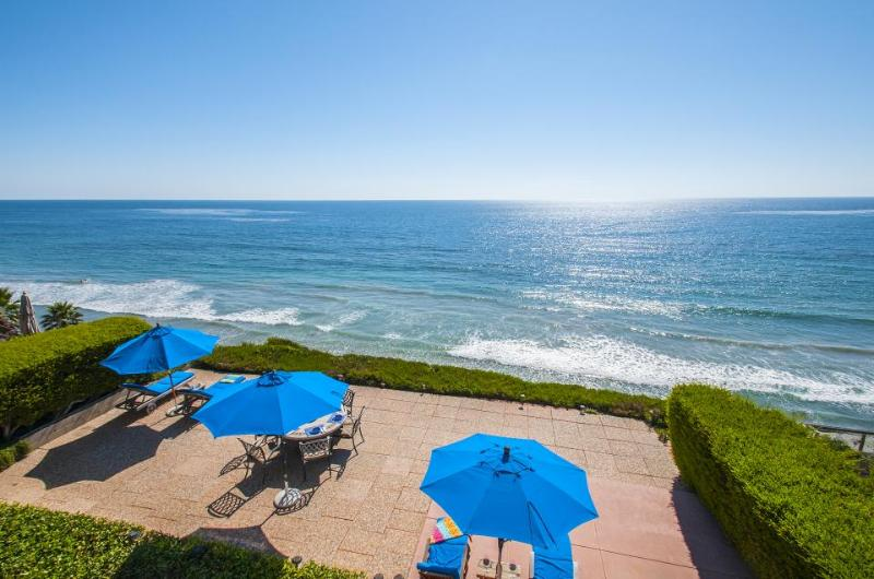 Listen to the waves from this oceanfront luxury home with private hot tub! - Image 1 - Encinitas - rentals