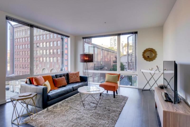 Mid-century modern downtown Seattle! Shared rooftop patio! - Image 1 - Seattle - rentals