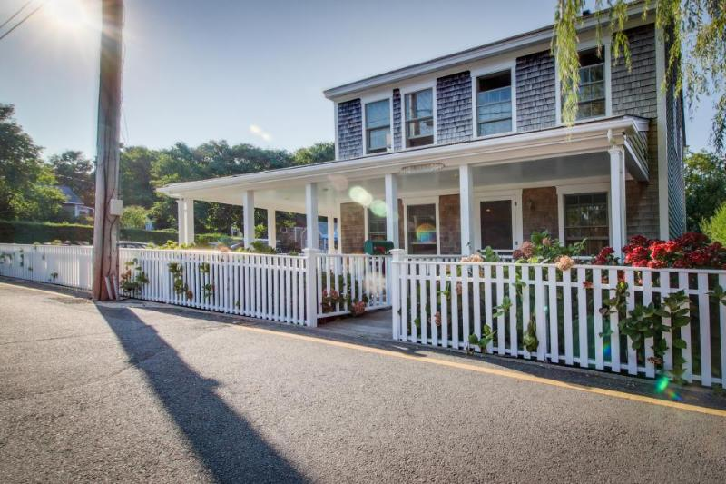 Charming home w/a wrap-around porch in a historic district! - Image 1 - Nantucket - rentals