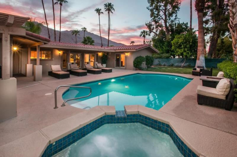 Beautiful home with a private pool & hot tub, close to golf - one dog welcome! - Image 1 - Palm Springs - rentals
