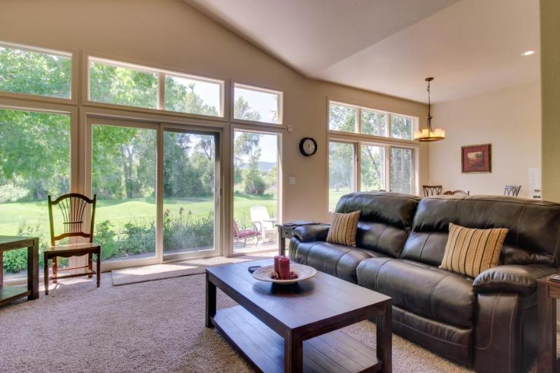 Spacious home next to golf course, close to hiking & skiing! - Image 1 - Durango - rentals