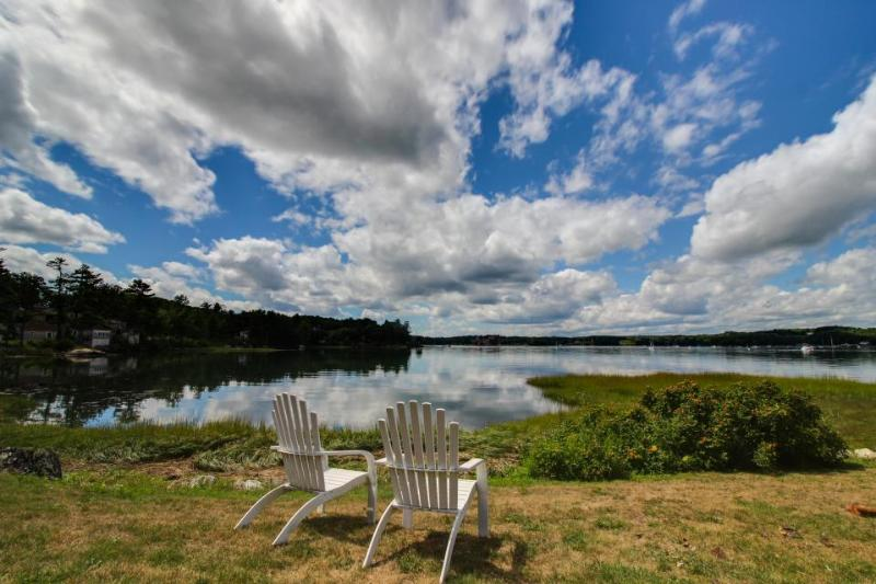 Luxury oceanfront home w/pier, shared pool & hot tub! Minutes to Boothbay Harbor - Image 1 - Edgecomb - rentals