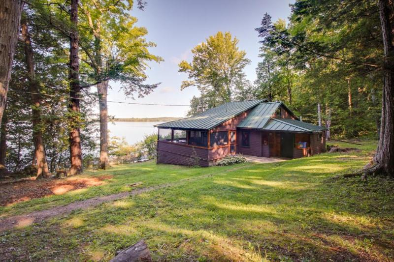 Dog-friendly, waterfront cottage w/ rustic charm and private dock - Image 1 - South Hero - rentals