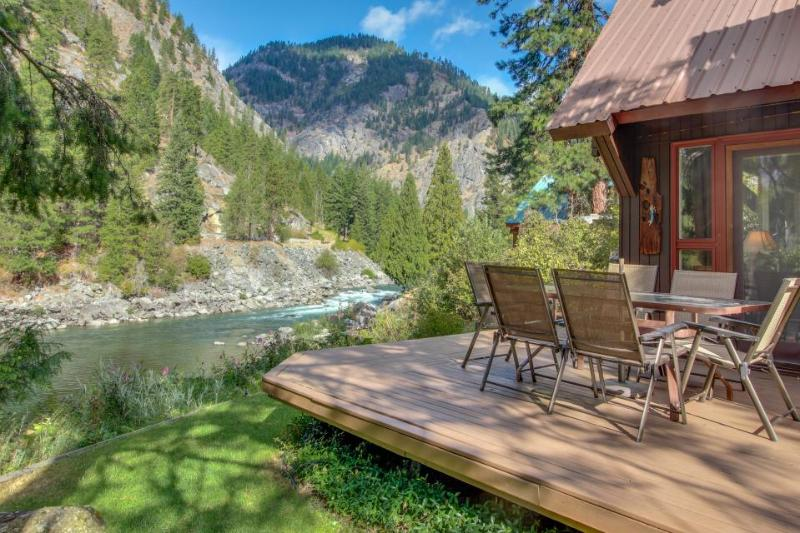 Picturesque riverfront home w/private hot tub, stunning river views! - Image 1 - Leavenworth - rentals