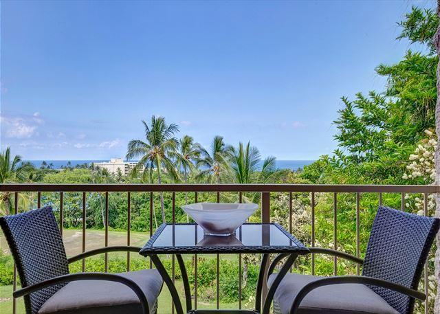 Lanai with Ocean Views - Punahele A301- Updated with professiona interior decor with spectacular view! - Kailua-Kona - rentals