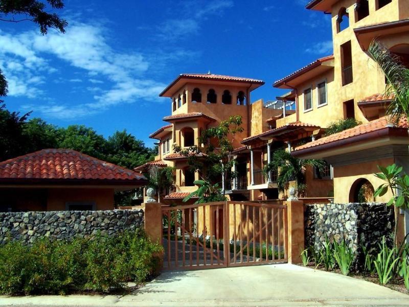 Main view of La Esquina complex - La Esquina #7 Langosta - Tamarindo - rentals