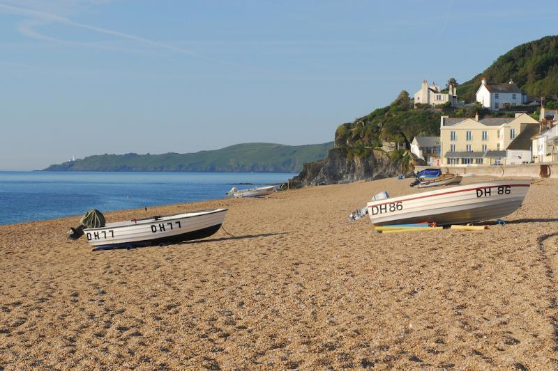 Penthouse 16 At the Beach located in Torcross, Devon - Image 1 - Salcombe - rentals