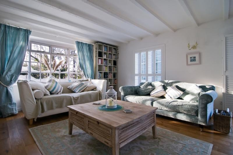 Barn Cottage located in St Mawgan, Cornwall - Image 1 - Saint Mawgan - rentals