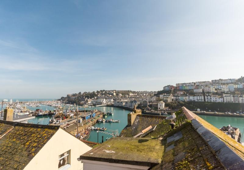 Farthing Cottage located in Brixham, Devon - Image 1 - Brixham - rentals