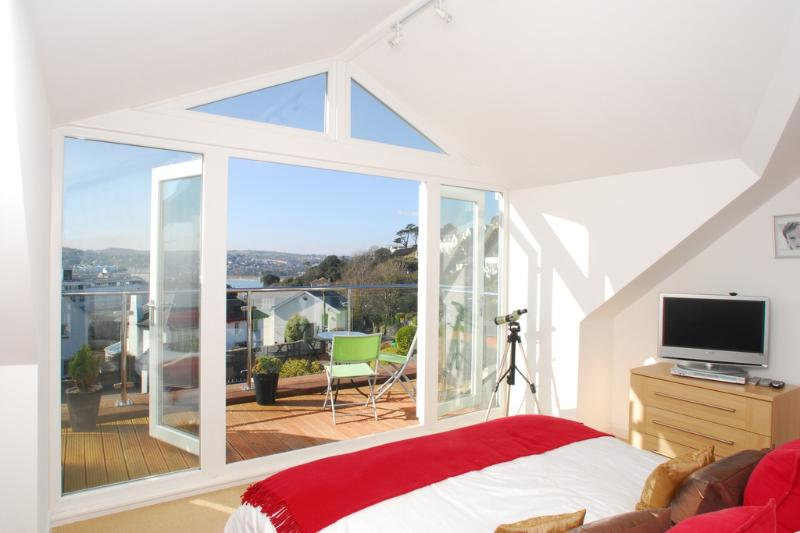 Kilimani located in Torquay, Devon - Image 1 - Torquay - rentals
