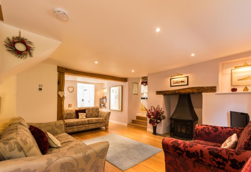 Mythra Cottage located in Kingsbridge, Devon - Image 1 - Salcombe - rentals