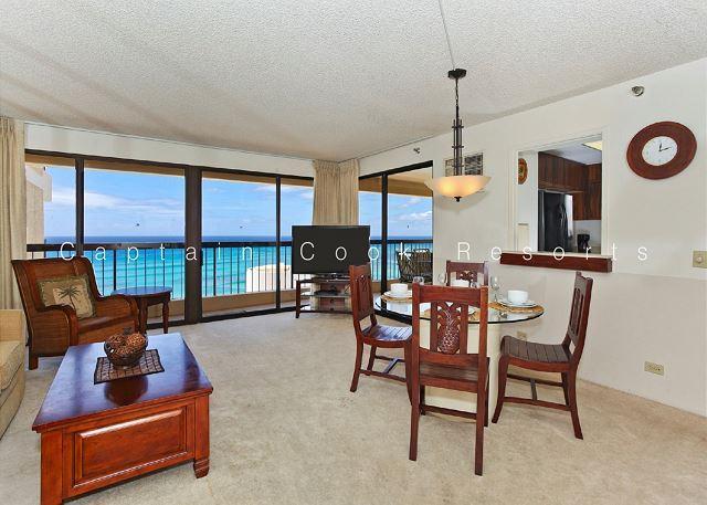 Luxury Waikiki Ocean View 2/2 Condo with A/C, WIFI, pool, parking, sleeps 6! - Image 1 - Waikiki - rentals